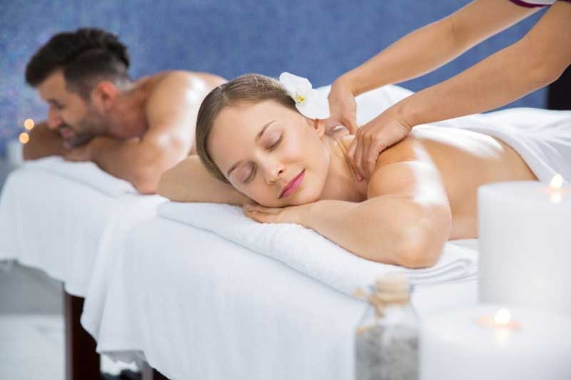 Couple-Massage-Toronto
